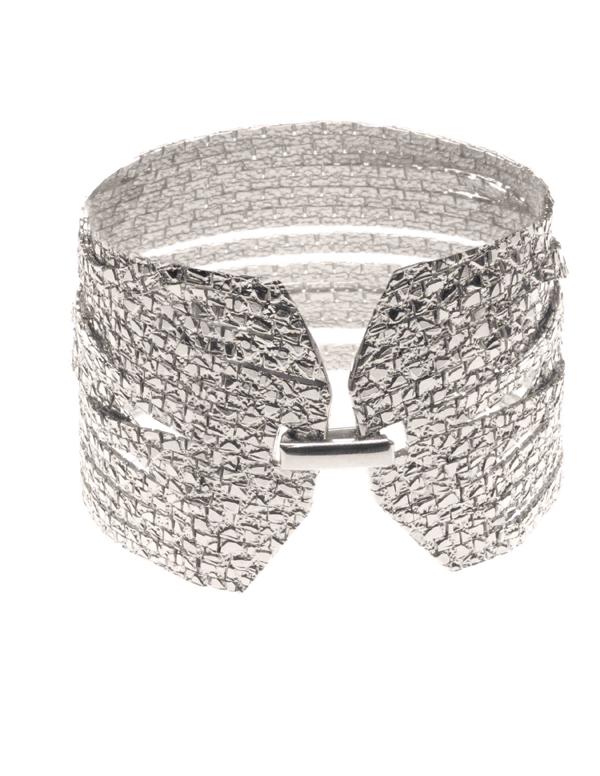 A-silver-bracelet