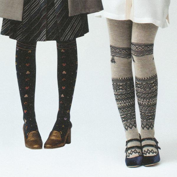 Grey_knit_tights