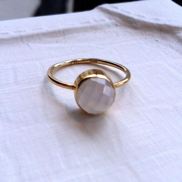 JHOLLINGER_Gold_Chalcedeny_Ring