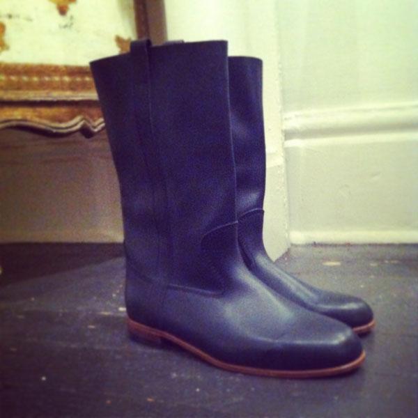 black_boot