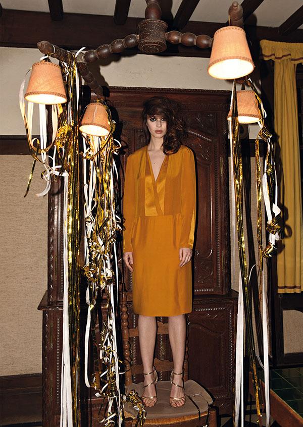 gold_dress