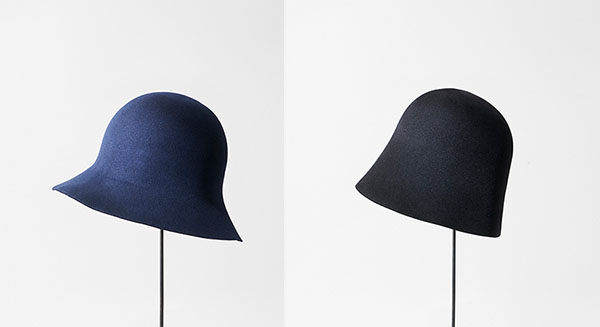 mature_ha_navy_mini_black_cloche