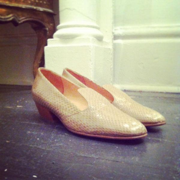 snake_loafer